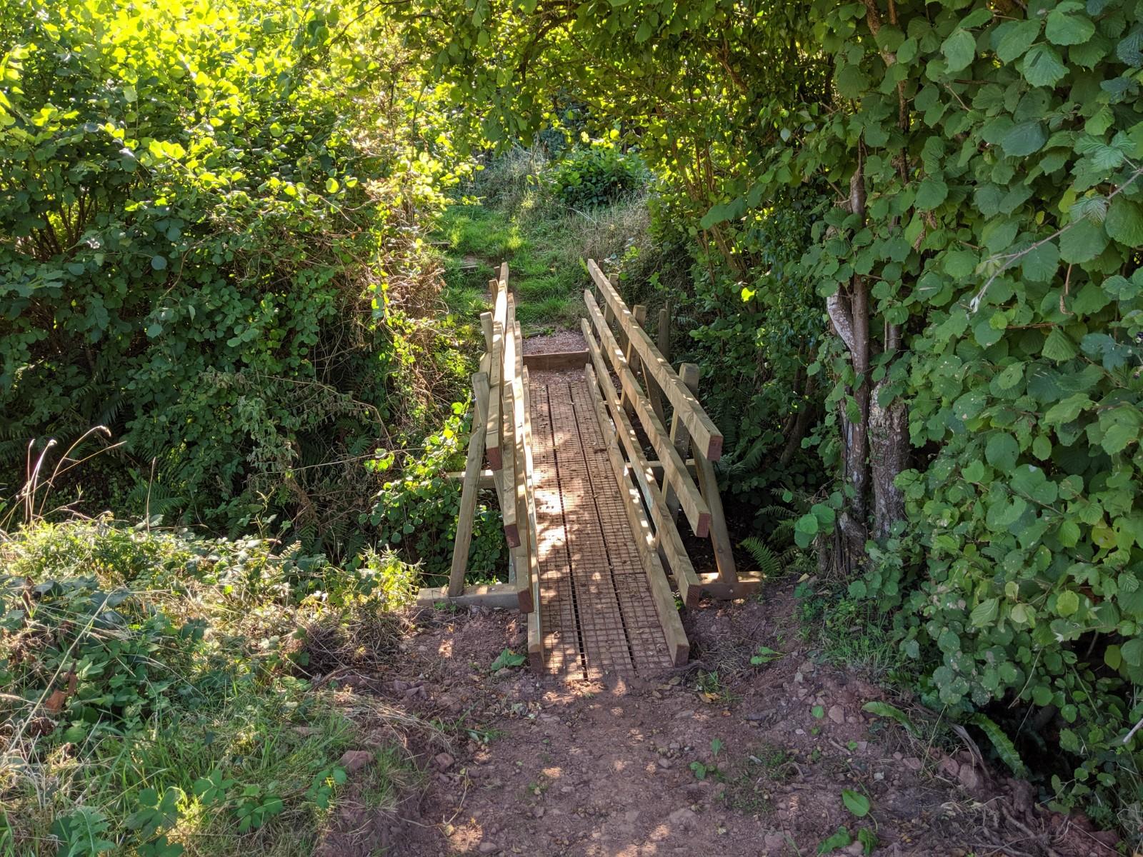 Tiverton Knowle footbridge